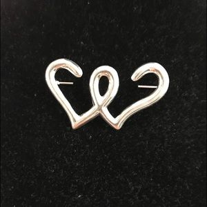 Jewelry - Solid sterling silver hearts intertwined brooch